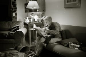 Mommy reading do kid
